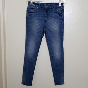 Forever21 Mid Rise Skinny jean